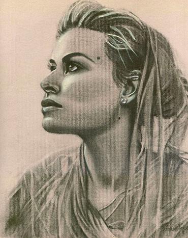 Carmen Electra portrait