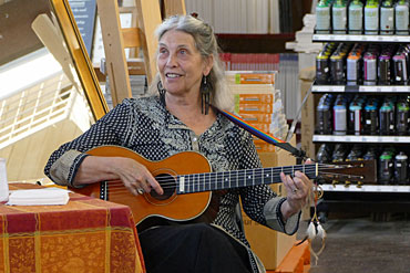 Billie-Ruth-Furuichi