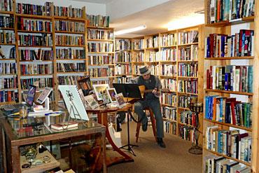 Forecastle-Books---Lon-Goddard