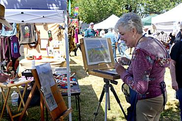 Linda-Evans-Painting-Demo