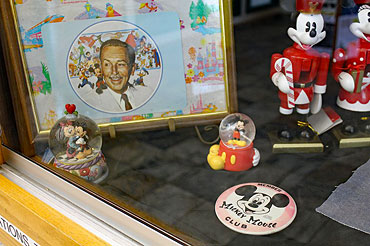 Library----Mickey-Mouse-1