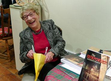 BSG-Angela-&-Books